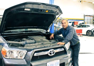 Frank Arias AutoRepair Mechanic